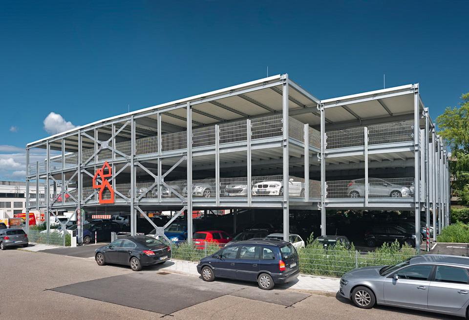 Projekt Mannheim, Mitarbeiter-Parkhaus BAUHAUS