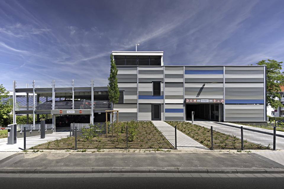 Projekt Bad Homburg, Parkhaus für Bürohaus