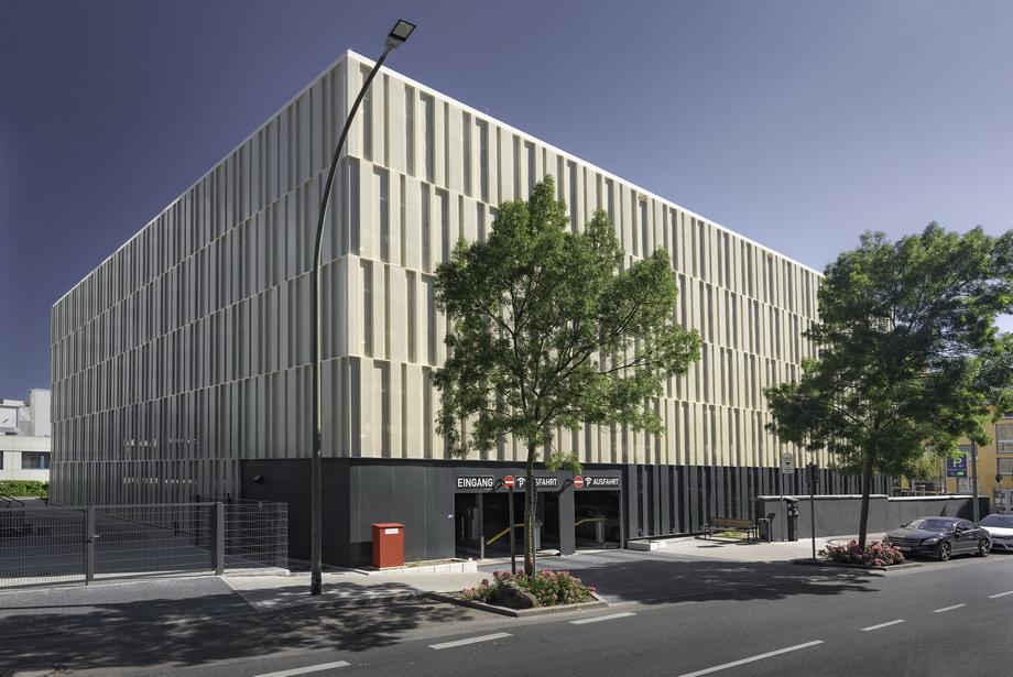 Projekt Hanau, Parkhaus Klinikum Hanau