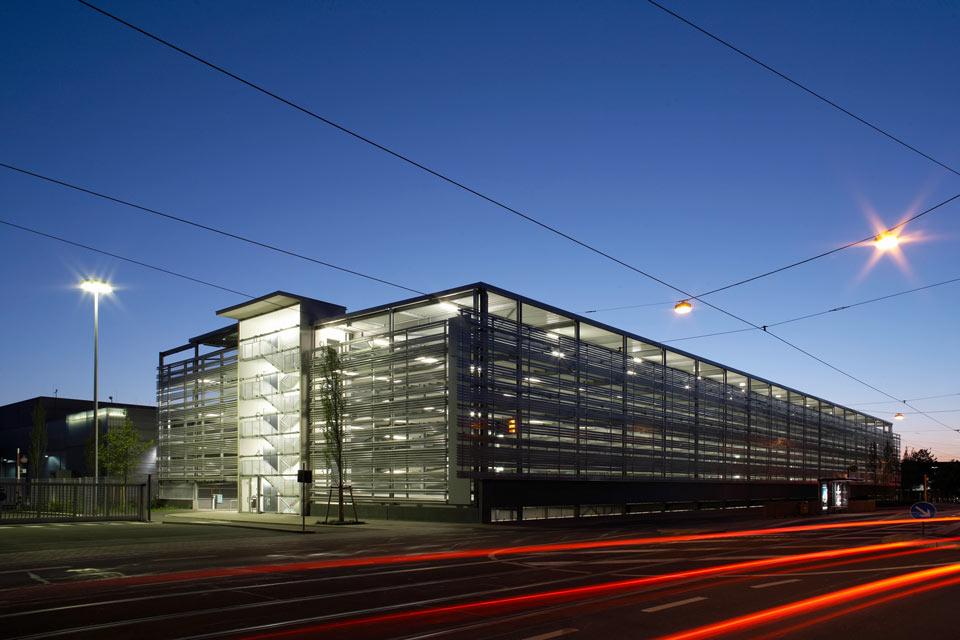 Projekt Nürnberg, Parkhaus Siemens Technopark