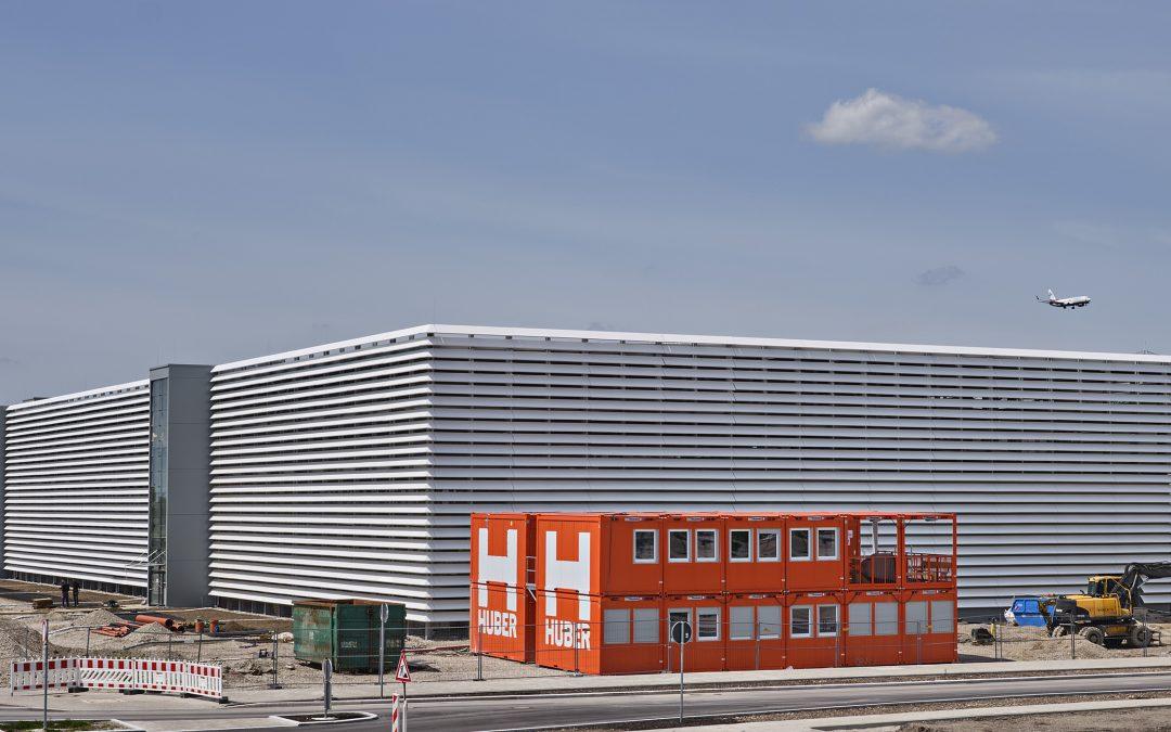 Flughafenparkhaus München P44 kurz vor Fertigstellung in Parken Aktuell | Ausgabe Nr. 121 Mai